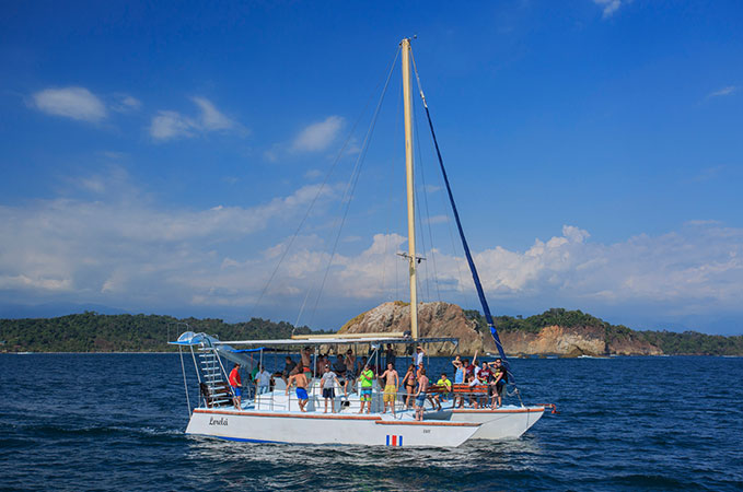Sailing Costa Rica