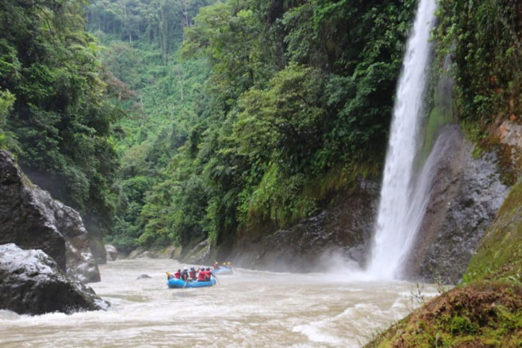Huacas Falls
